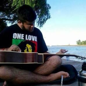 Juanjo - Voz y guitarra